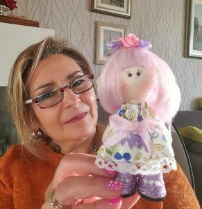 Read more about the article Adotta una bambola